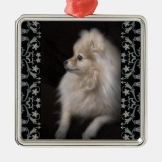 Perrito de presentación adorablemente lindo de adorno navideño cuadrado de metal