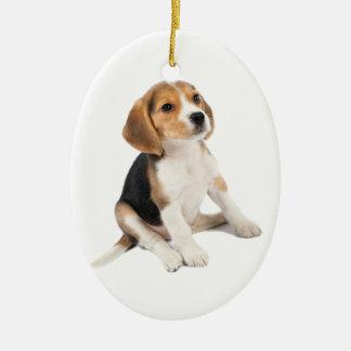 Perrito del beagle adorno navideño ovalado de cerámica