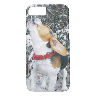 Perrito del beagle del grito en la nieve funda iPhone 7