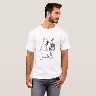 Perrito del dogo francés que dibuja la camiseta