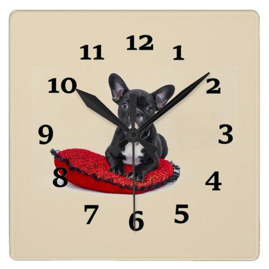 Perrito del dogo reloj cuadrado