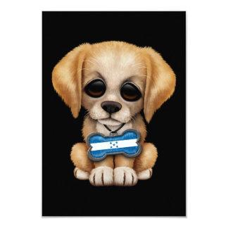 Perrito lindo con la placa de identificación de la invitación 8,9 x 12,7 cm
