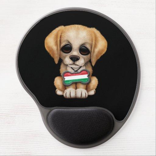 Perrito lindo con la placa de identificación húnga alfombrillas de ratón con gel