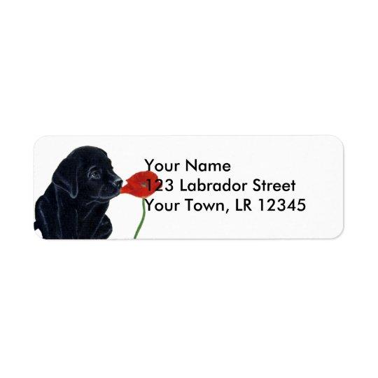 Perrito y amapola negros de Labrador Etiqueta De Remite
