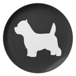 Perro de Terrier blanco de montaña del oeste, silu Platos
