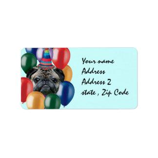 Perro del barro amasado del feliz cumpleaños etiqueta de dirección