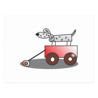 Perro en carro tarjeta postal