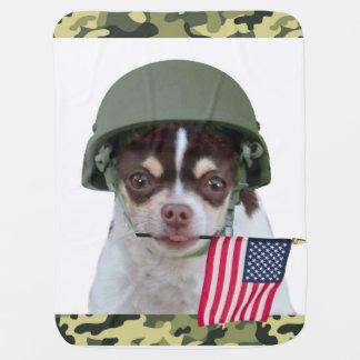 Perro militar de la chihuahua mantita para bebé