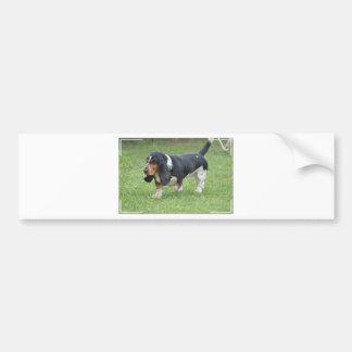 Perro oscuro de Basset Hound Pegatina De Parachoque