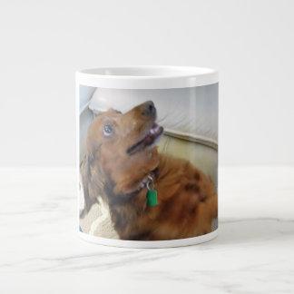 perro taza de café grande