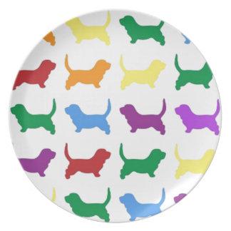 Perros coloridos plato de cena