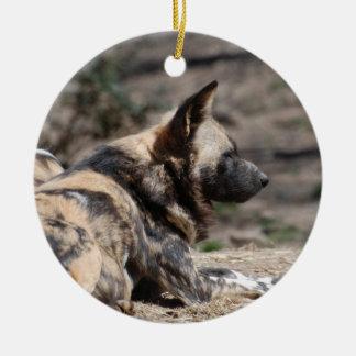 Perros salvajes africanos de reclinación adorno para reyes