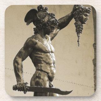 Perseus con el jefe de la medusa posavasos para bebidas