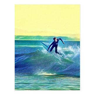 Persona que practica surf postal