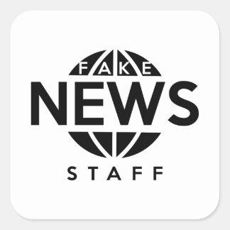 Personal falso de las noticias pegatina cuadrada