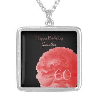 Personalice cumpleaños color de rosa rosado collar plateado