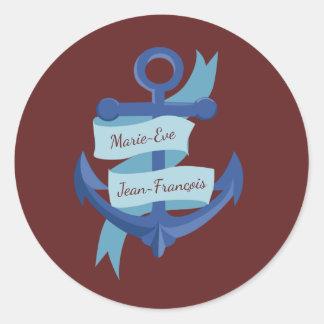 Personalice el boda azul del ancla pegatina redonda