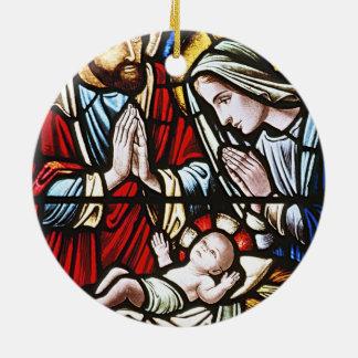 Personalice el ornamento religioso del tema adorno navideño redondo de cerámica