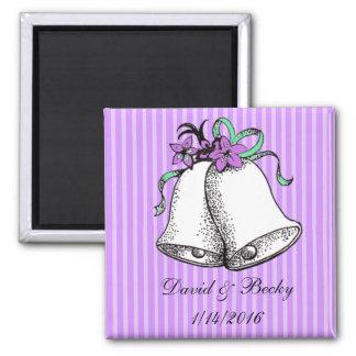 Personalice estos imanes púrpuras del favor del imanes