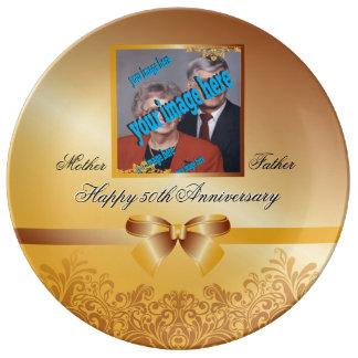 Personalizable del aniversario del boda de oro plato de porcelana