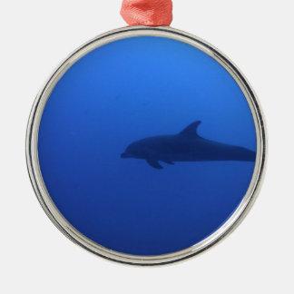 Personalizable del delfín del delfín adorno navideño redondo de metal