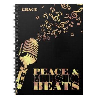 Personalizado, oro, paz y música cuaderno