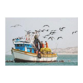 Perú, Los Organos. Barco de pesca en Los Organos Lienzo Envuelto Para Galerias
