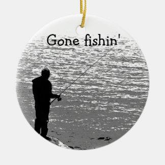 Pesca en el lago adorno redondo de cerámica