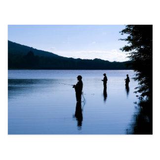 Pesca en la alba postal