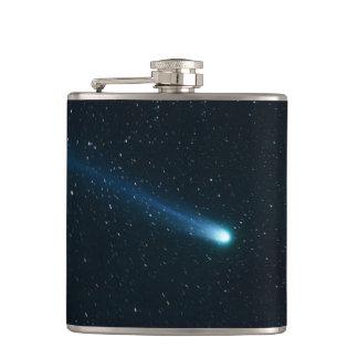 Petaca Cometa en cielo nocturno