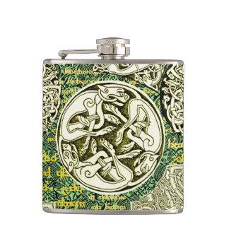 Petaca El Celtic persigue el frasco