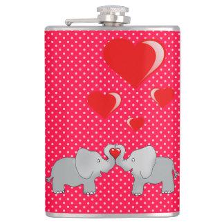 Petaca Elefantes románticos y corazones rojos en lunares