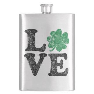 Petaca Irlandés del trébol del AMOR del día de St Patrick