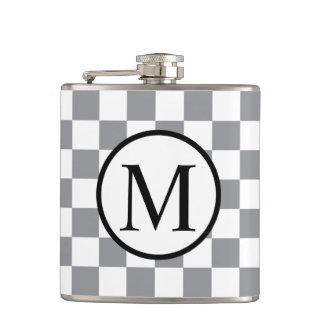 Petaca Monograma simple con el tablero de damas gris