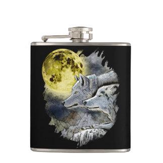 Petaca Montaña de la luna del lobo de la fantasía