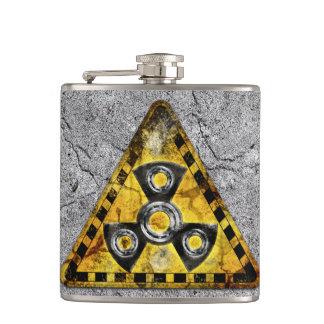 Petaca Triángulo amonestador de la radiación nuclear del