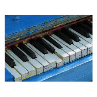 Piano azul postal