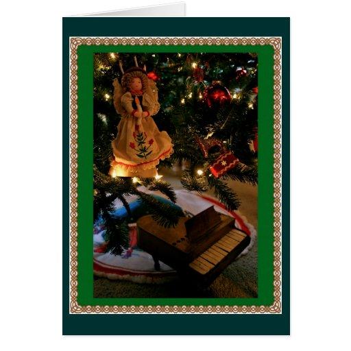 Piano debajo del árbol sueco tarjetas