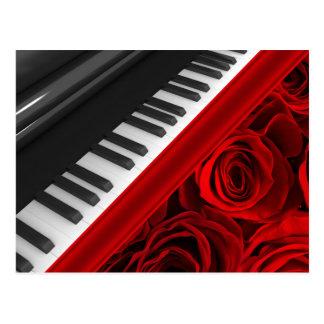 Piano y rosas postal