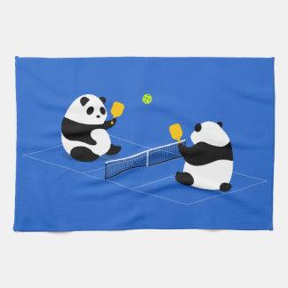 """Pickleball se divierte la toalla: """"Pandas de Toalla"""