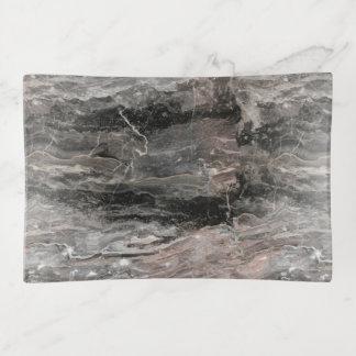 Piedra de mármol gris manchada