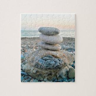 Piedras de la playa del zen puzzle