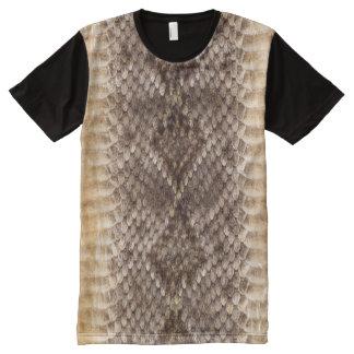 Piel de serpiente de la serpiente de cascabel camiseta con estampado integral