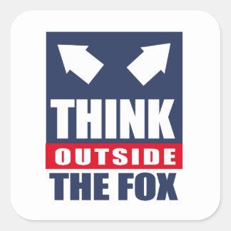 Piense fuera del zorro pegatina cuadradas personalizadas