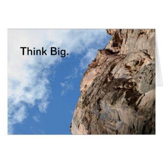 Piense la tarjeta de felicitación grande