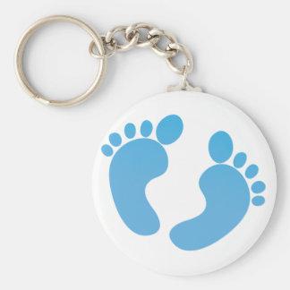 Pies lindos azules del bebé de maternidad llavero redondo tipo chapa