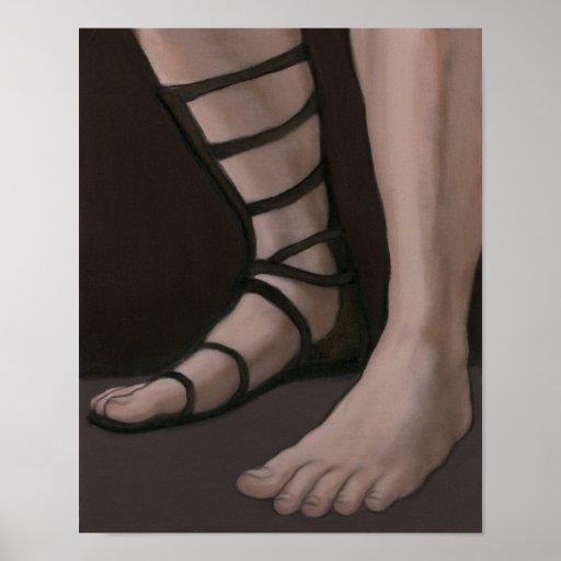 Pies masculinos con la sandalia romana poster