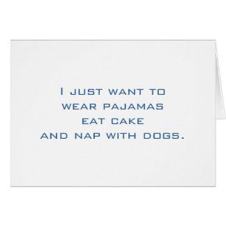 Pijamas, torta, siesta, perros tarjeta pequeña