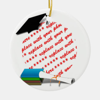 Pila de libro w/Cap y diploma Adorno De Navidad