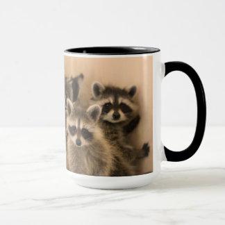 Pila de taza de los mapaches